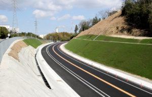 平成25年度 北勢BP垂坂山之一色道路建設工事